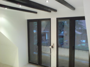 Fensterisolierung, Deckenverlegung, Wärmedämmung